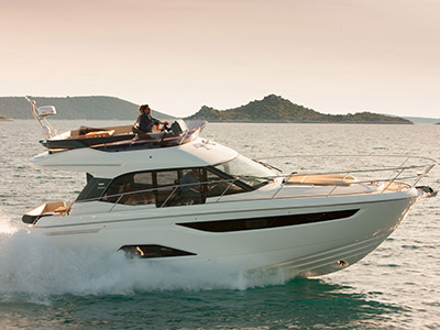 location bateau Bavaria R40