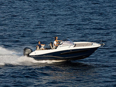 location bateau Cap Camarat 7.5 WA