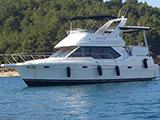 location bateau Bayliner 3587 Fly