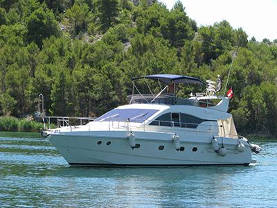 Location bateau  Mochi Craft 16 Fly