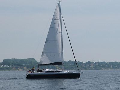 location bateau Maxus 33.1 RS