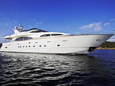 location bateau Azimut 101