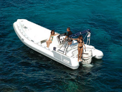 location bateau Master 730