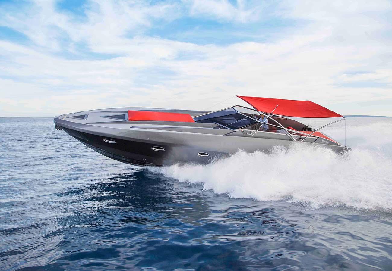 location bateau Stealth 50 R
