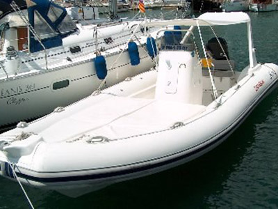 location bateau Arimar 780