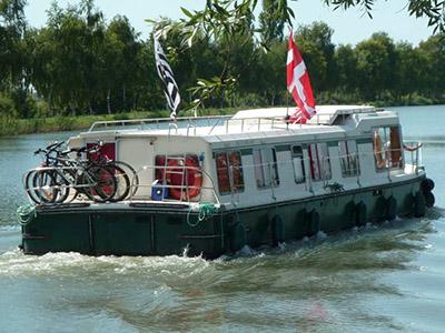 location bateau Eau Claire 1400