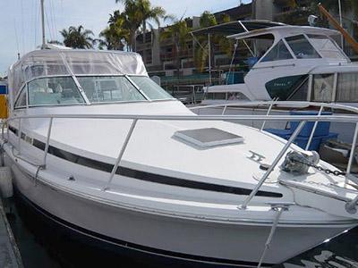 location bateau Bertram 30