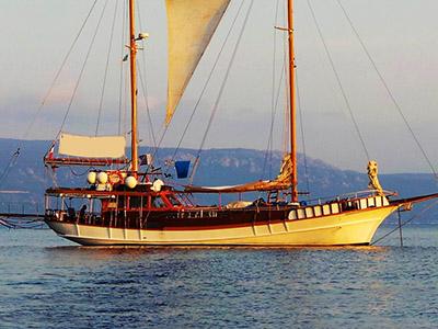location bateau Isadora