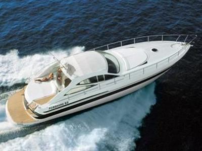 location bateau Pershing 52