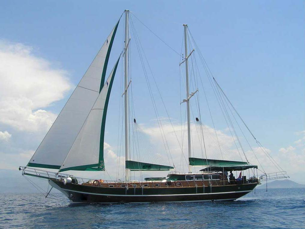 location bateau Michele