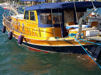 location bateau Larus