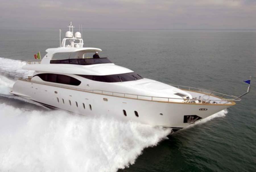 location bateau Maiora 90