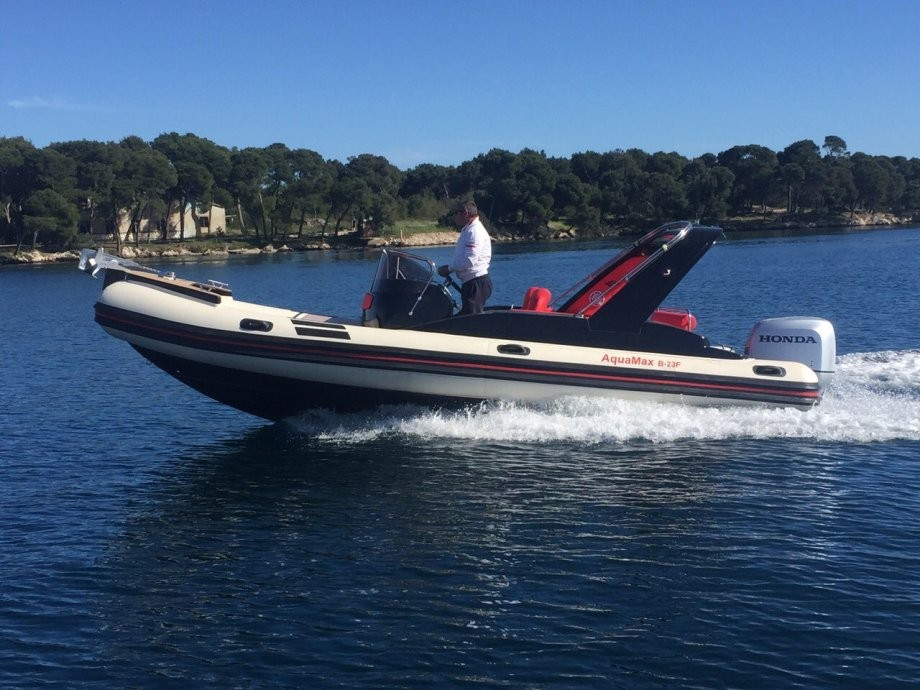 location bateau Aquamax B23F