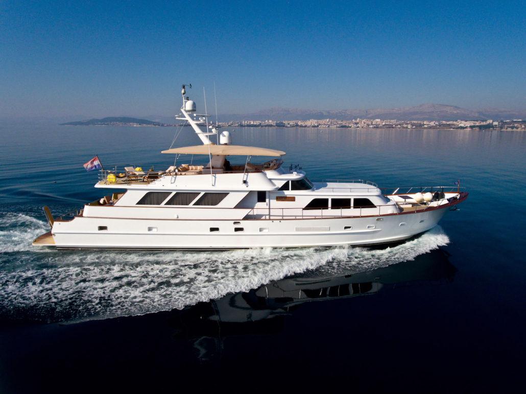 location bateau Auriane