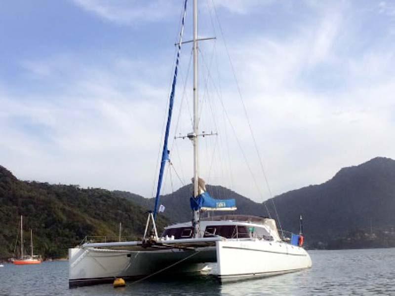 location bateau Impala 48 Cat
