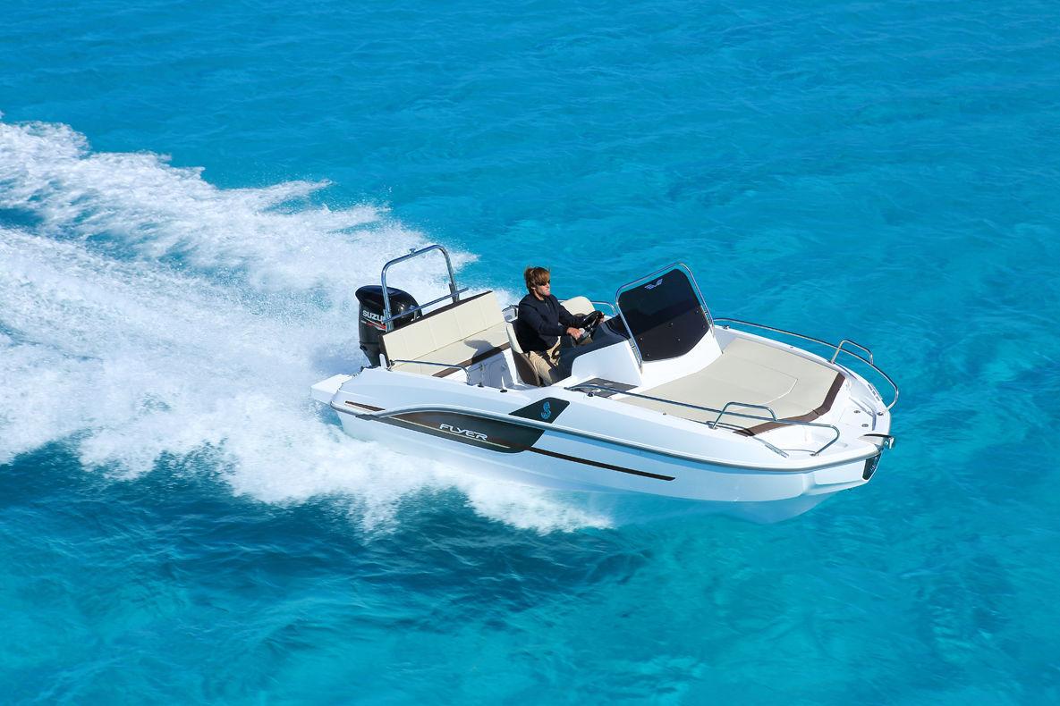 Location bateau  Flyer 5 Sun Deck