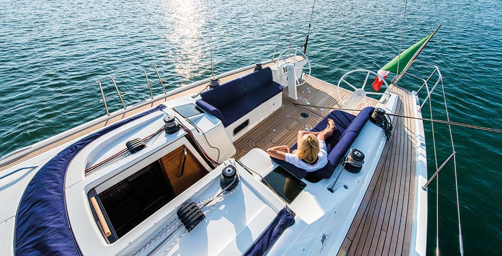 esterno Italia Yachts 13.98