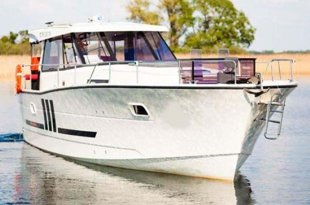 location bateau Nautika 1300