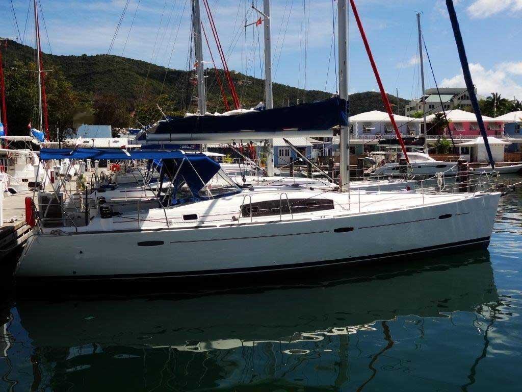 Location bateau  Beneteau 43.3