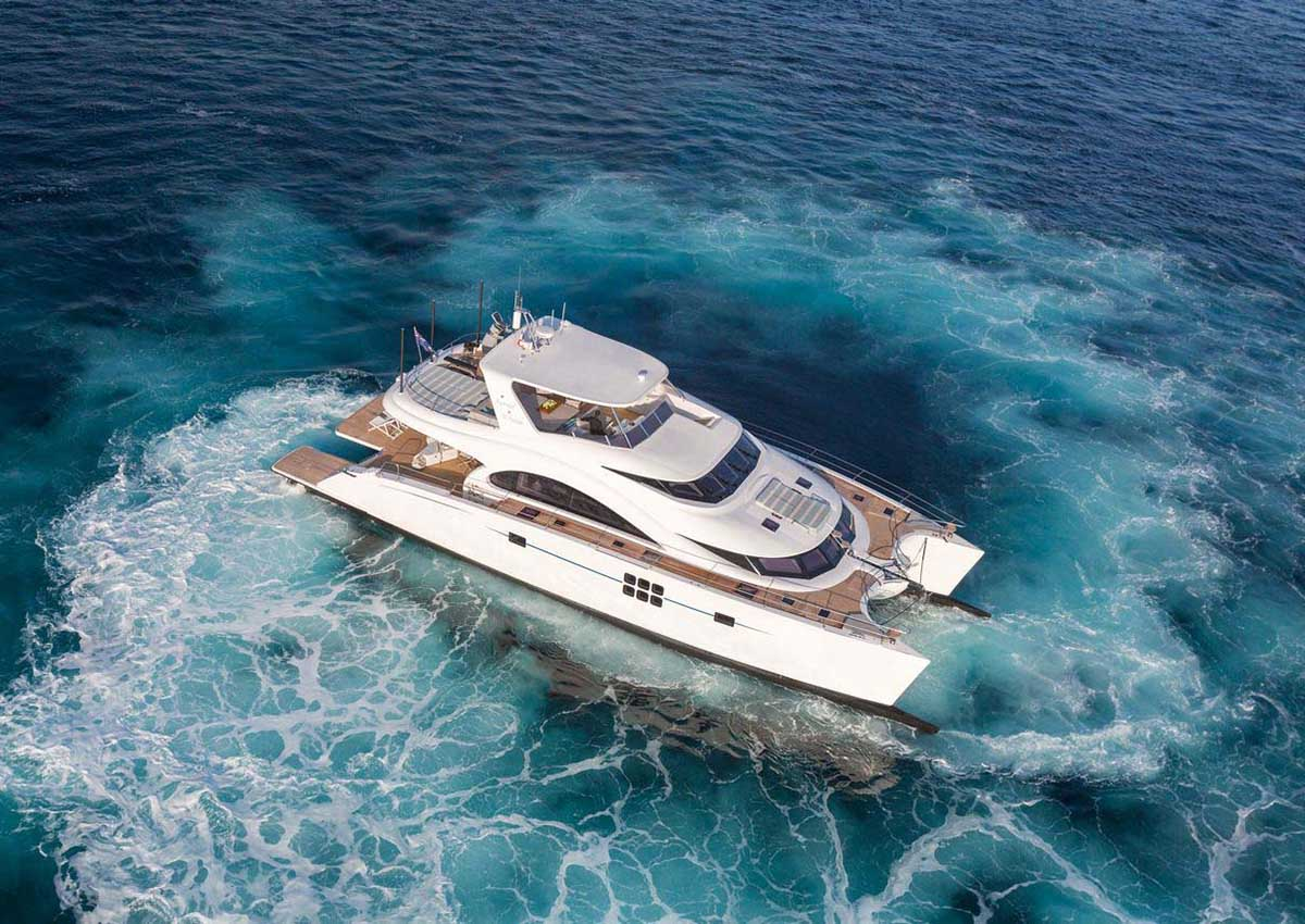 location bateau Sunreef Power 70