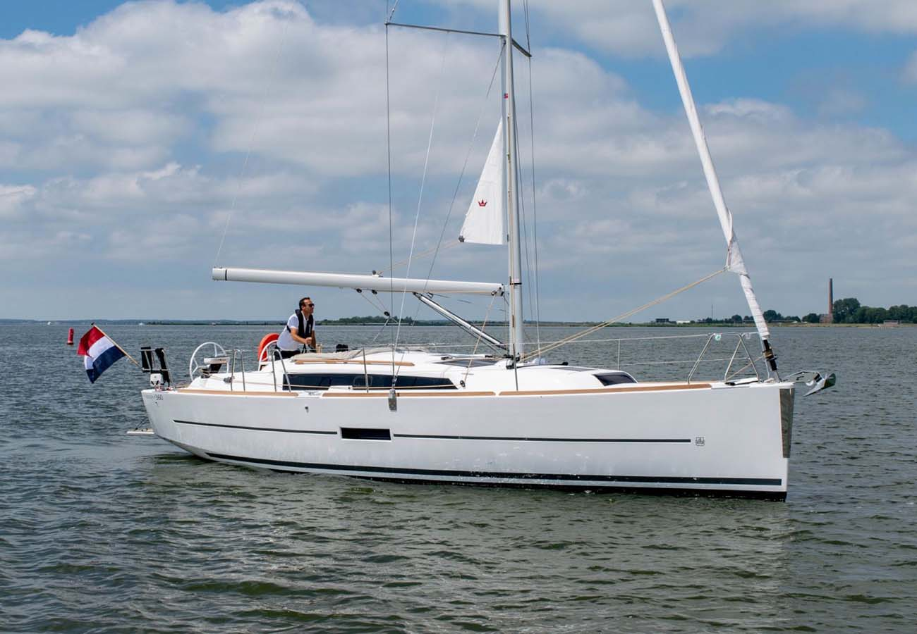 location bateau Dufour 360 GL