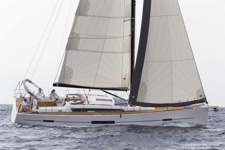 location bateau Dufour 520 GL