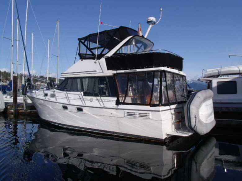 location bateau Bayliner 3288