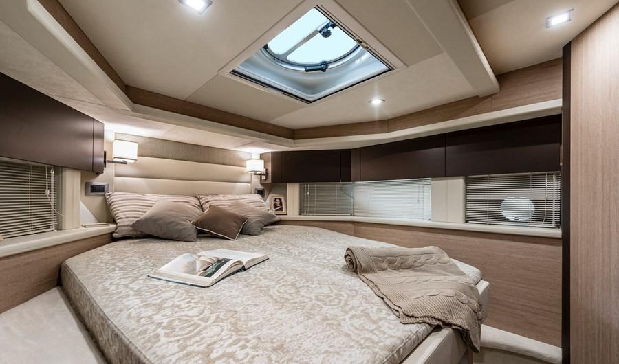 intérieur Cranchi Z35