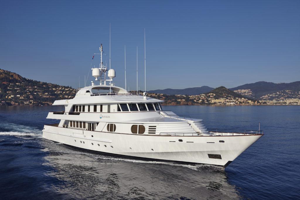 location bateau Ancona 48