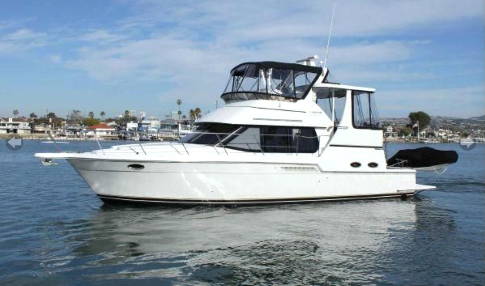 location bateau Carver 404