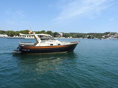 location bateau Apreamare 910