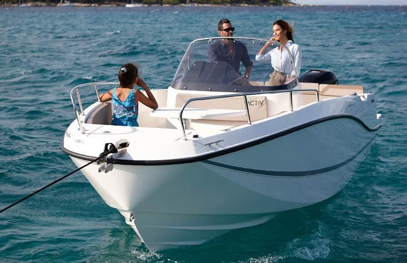 location bateau Quicksilver Activ 755 Open