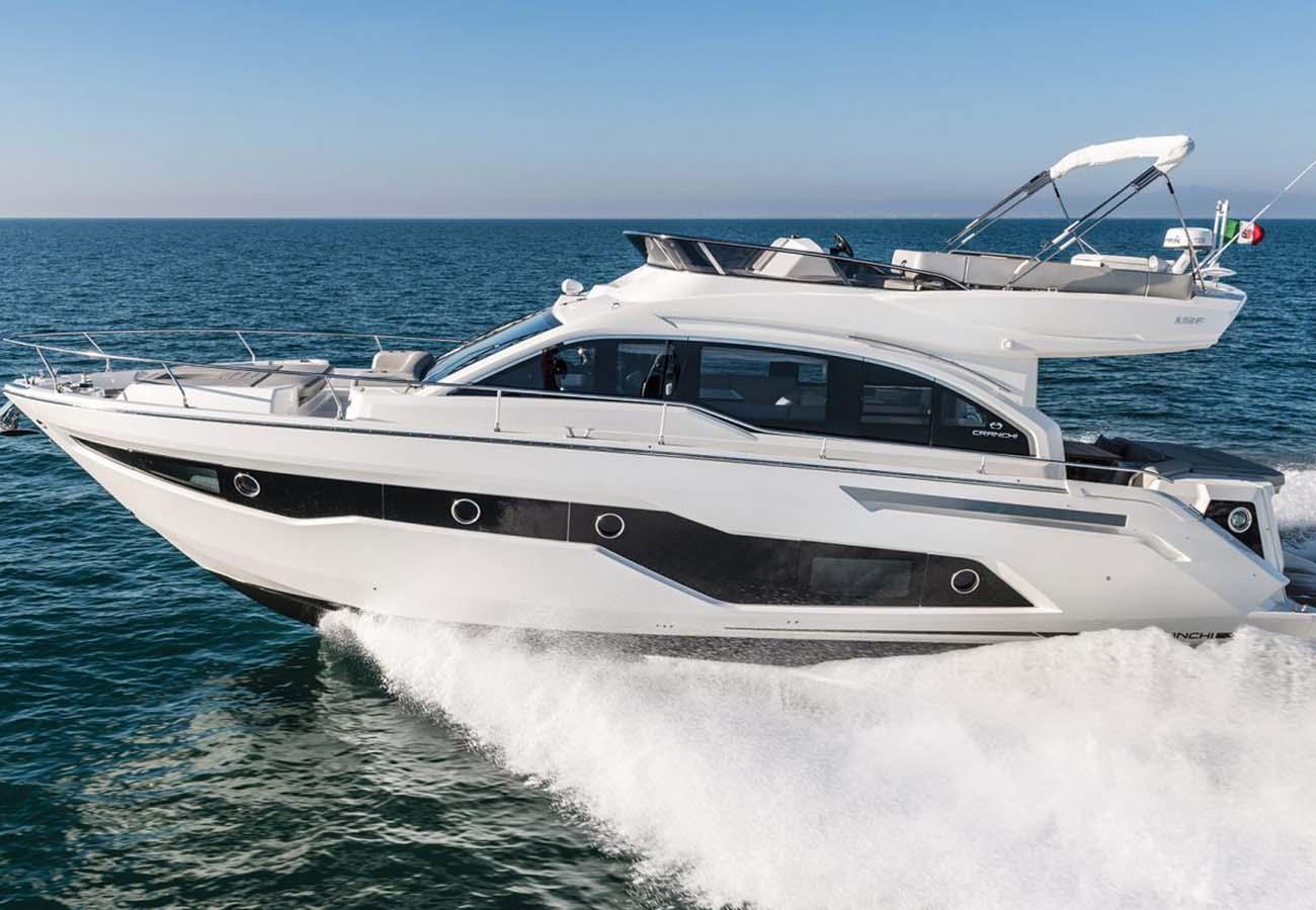 location bateau Cranchi E 52 F Evoluzione