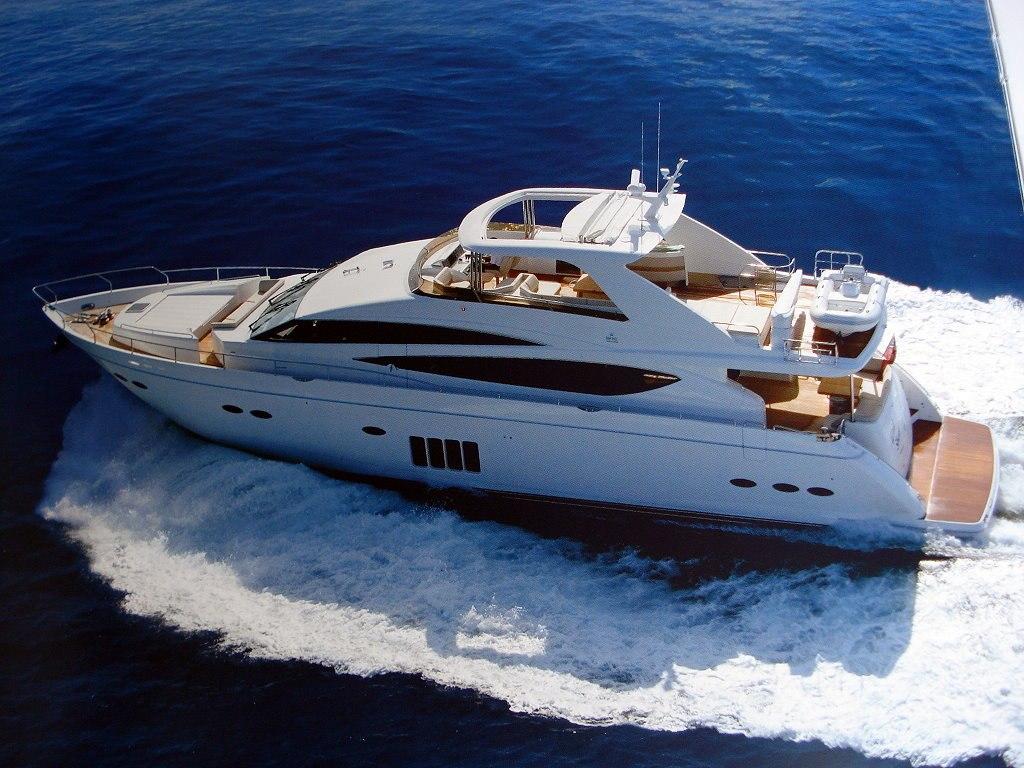 location bateau Princess 85
