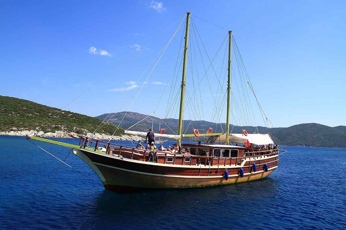 location bateau Harmonia
