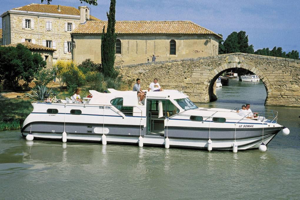 location bateau Confort 1350 B