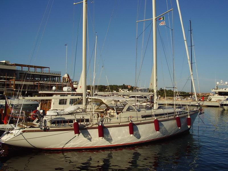 location bateau Amel Supermaramu