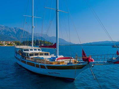 location bateau Sadri Usta