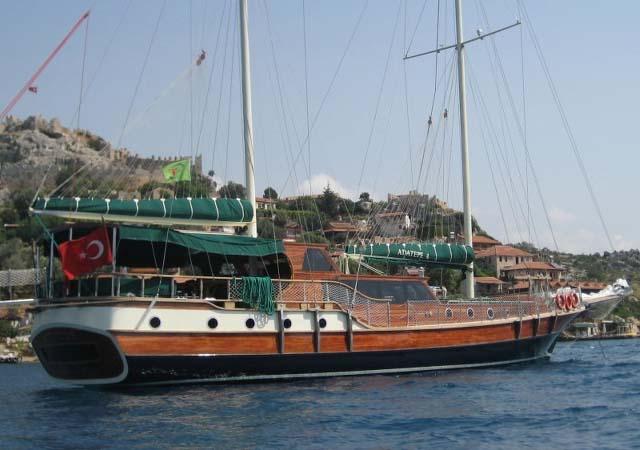 location bateau Adatepe 4