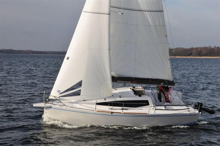 location bateau Maxus Evo 24 Prestige