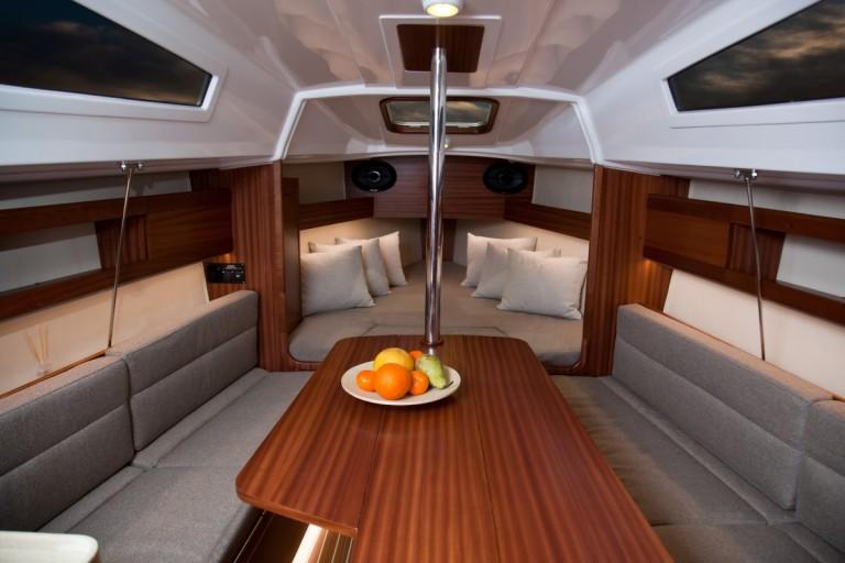 interno Maxus 26 Prestige +