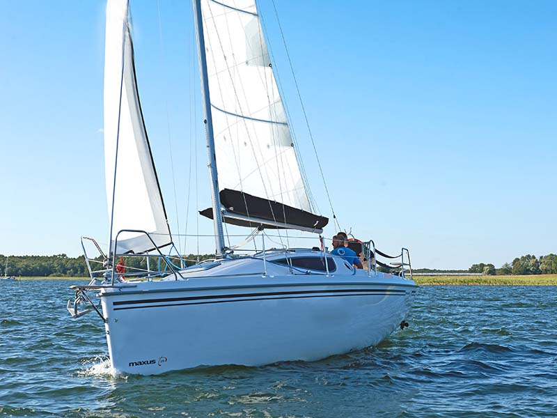 location bateau Maxus 28 Prestige +