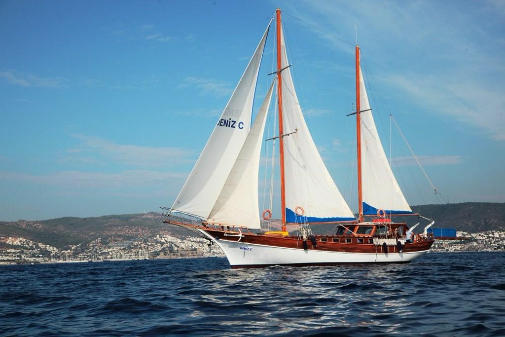 location bateau Deniz C