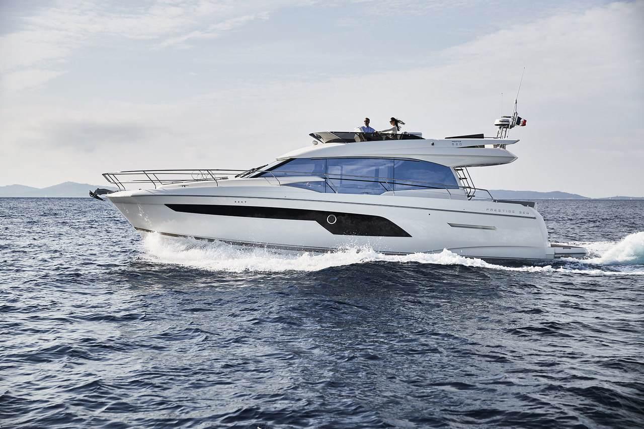 location bateau Prestige 520 Fly