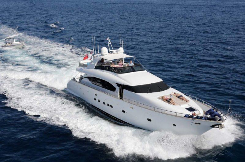 location bateau Maiora 85
