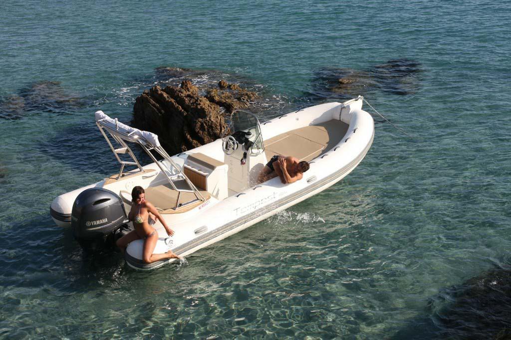 location bateau Capelli Tempest 650