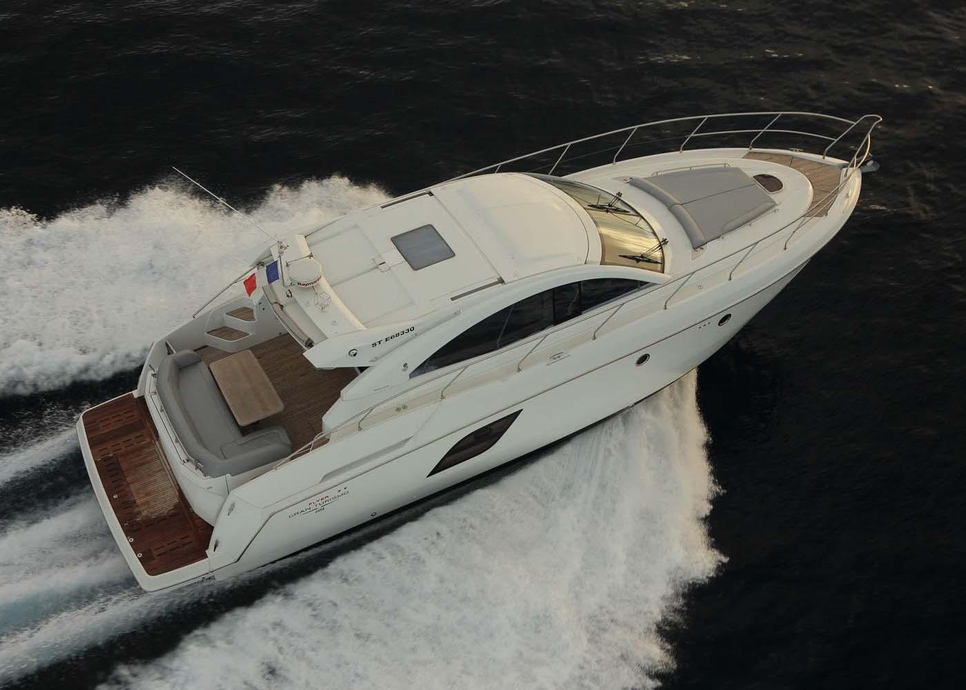 location bateau Gran Turismo 49