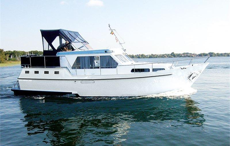 location bateau Hollandia 1200