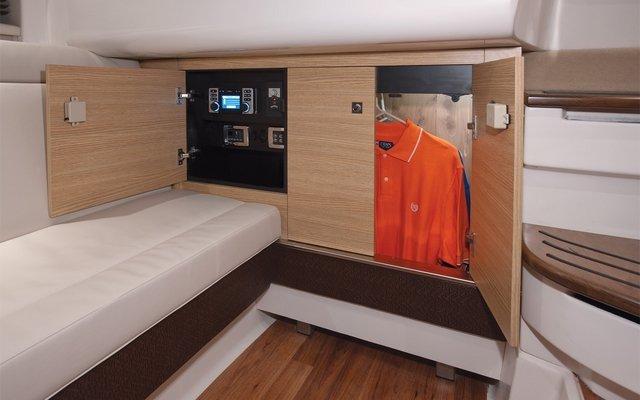 intérieur Chaparral 327 SSX