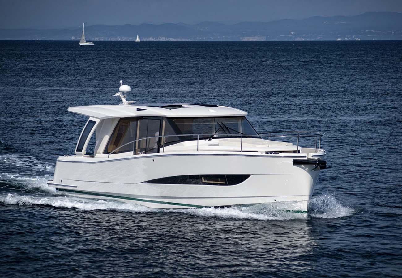 location bateau Greenline Hybrid 39